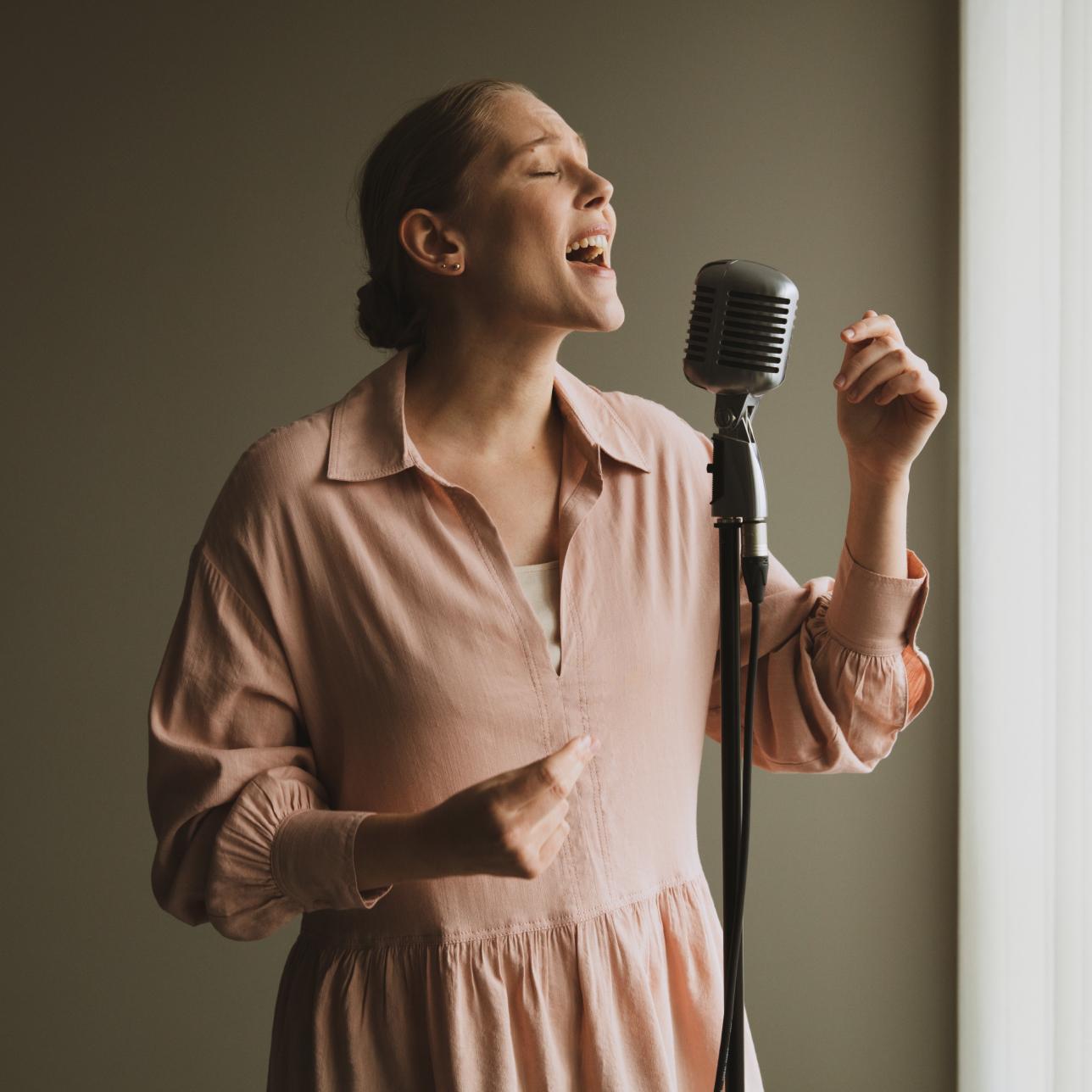 premium-singing
