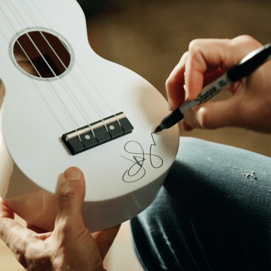 Jason singing ukulele giveaway